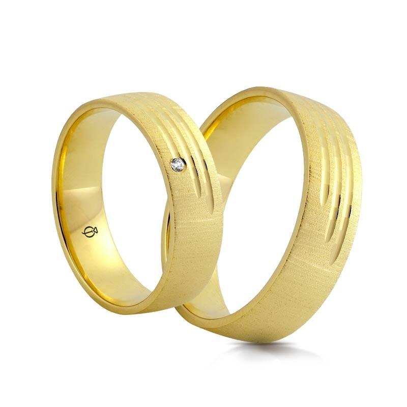 Złote obrączki Amore