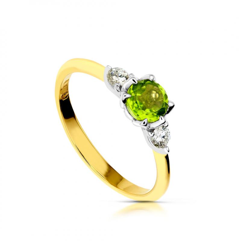 Złoty pierścionek z oliwinem i brylantami.